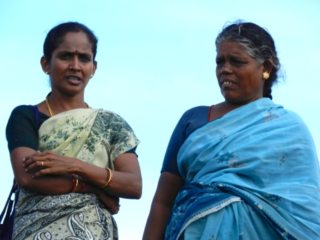 Guruvammal (right)
